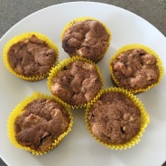 Spicy apple muffins
